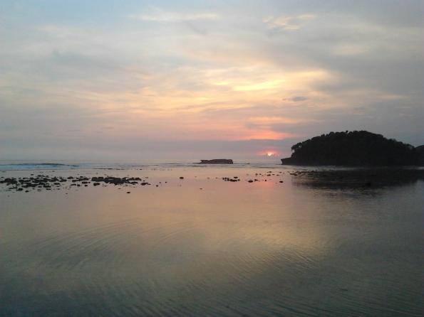 Senja Pantai Balekambang